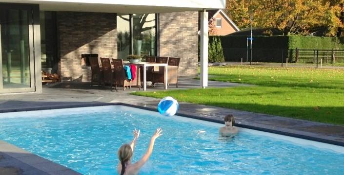 Amazing simple zit jij ook wel eens te mijmeren over een for Zwembad half inbouw